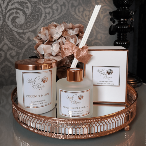 luxury soy candles, reed diffusers, wax melts and room perfumes