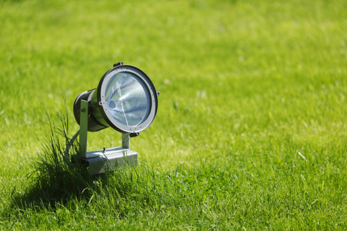 What is the best garden lighting to buy - Home Guide Expert